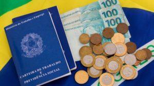 Economia Carteira De Trabalho Dinheiro 1566937875618 V2 900x506 - LPM Assessoria Contábil